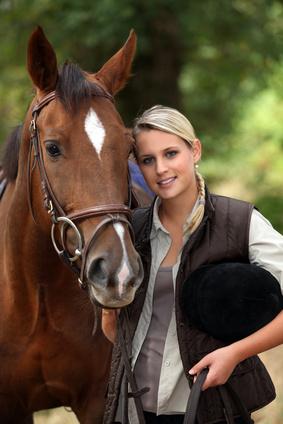 Fellwechsel des Pferdes unterstützen | Dr. Susanne Weyrauch